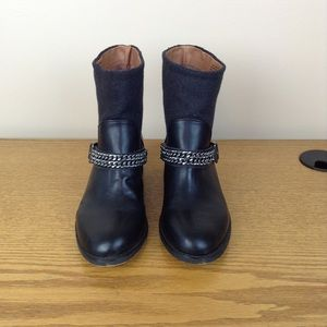 Loft black short boots with chains